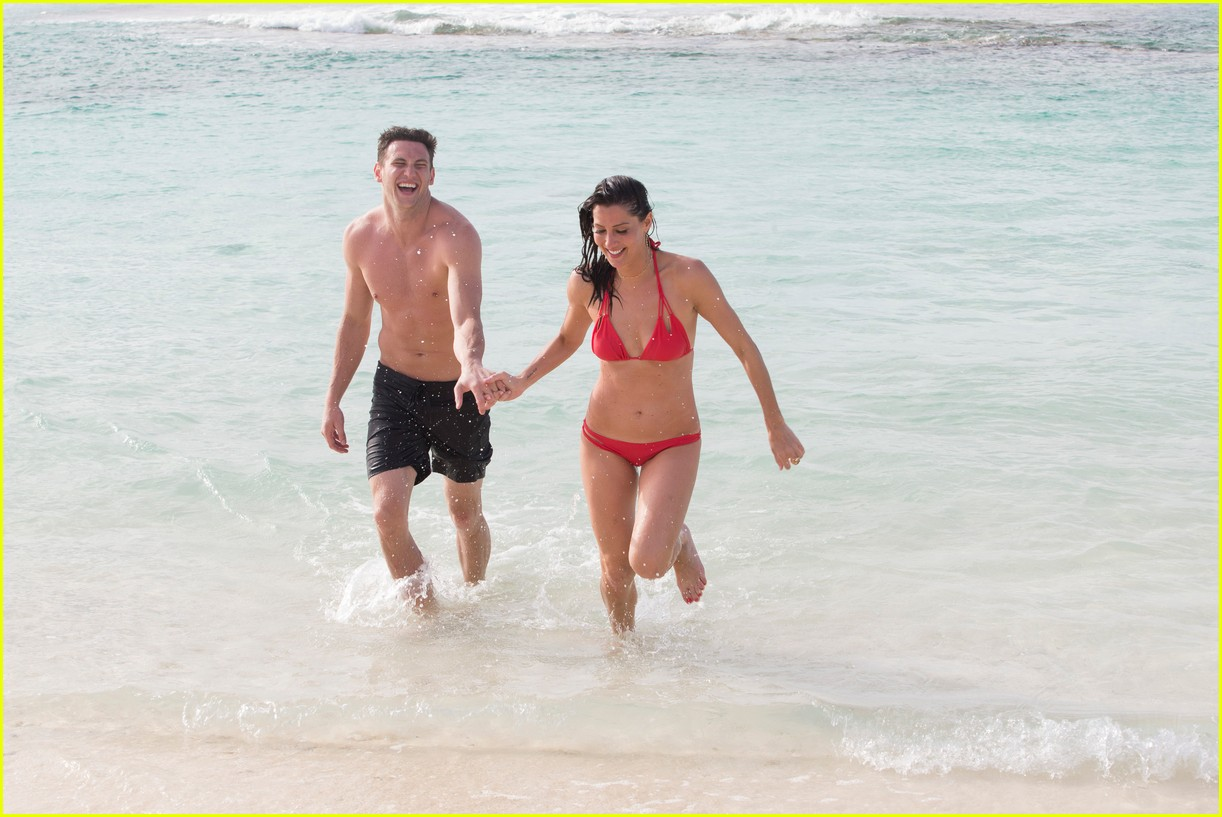 the bachelorette becca kufrin beach garrett blake 054112080