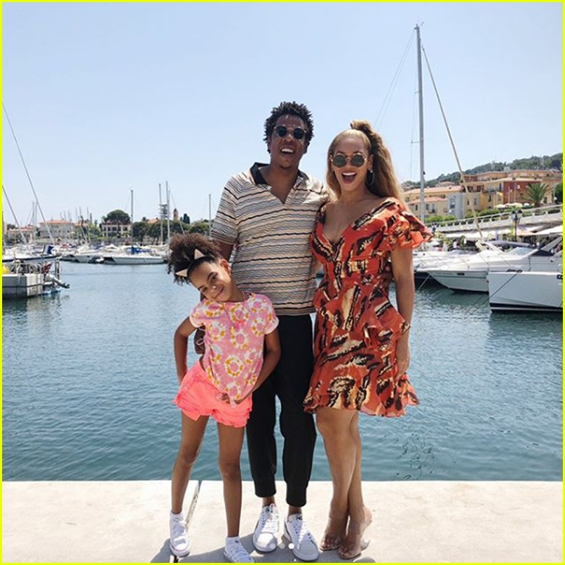 beyonce jay z family vacation 024110329
