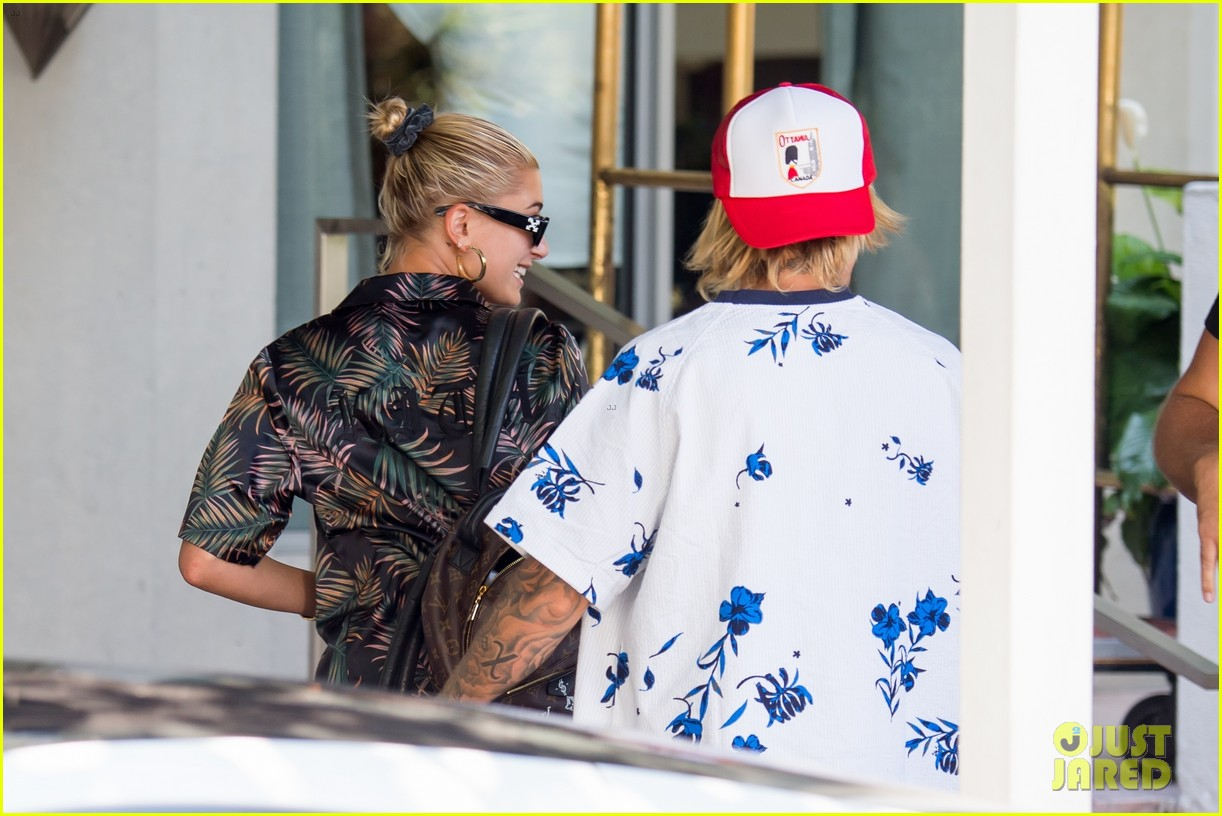 justin bieber shows off tattooed torso on vacation with hailey baldwin 534114537
