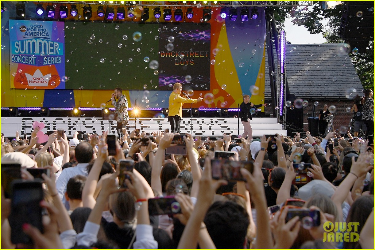 backstreet boys perform their hits on good morning america 164114225