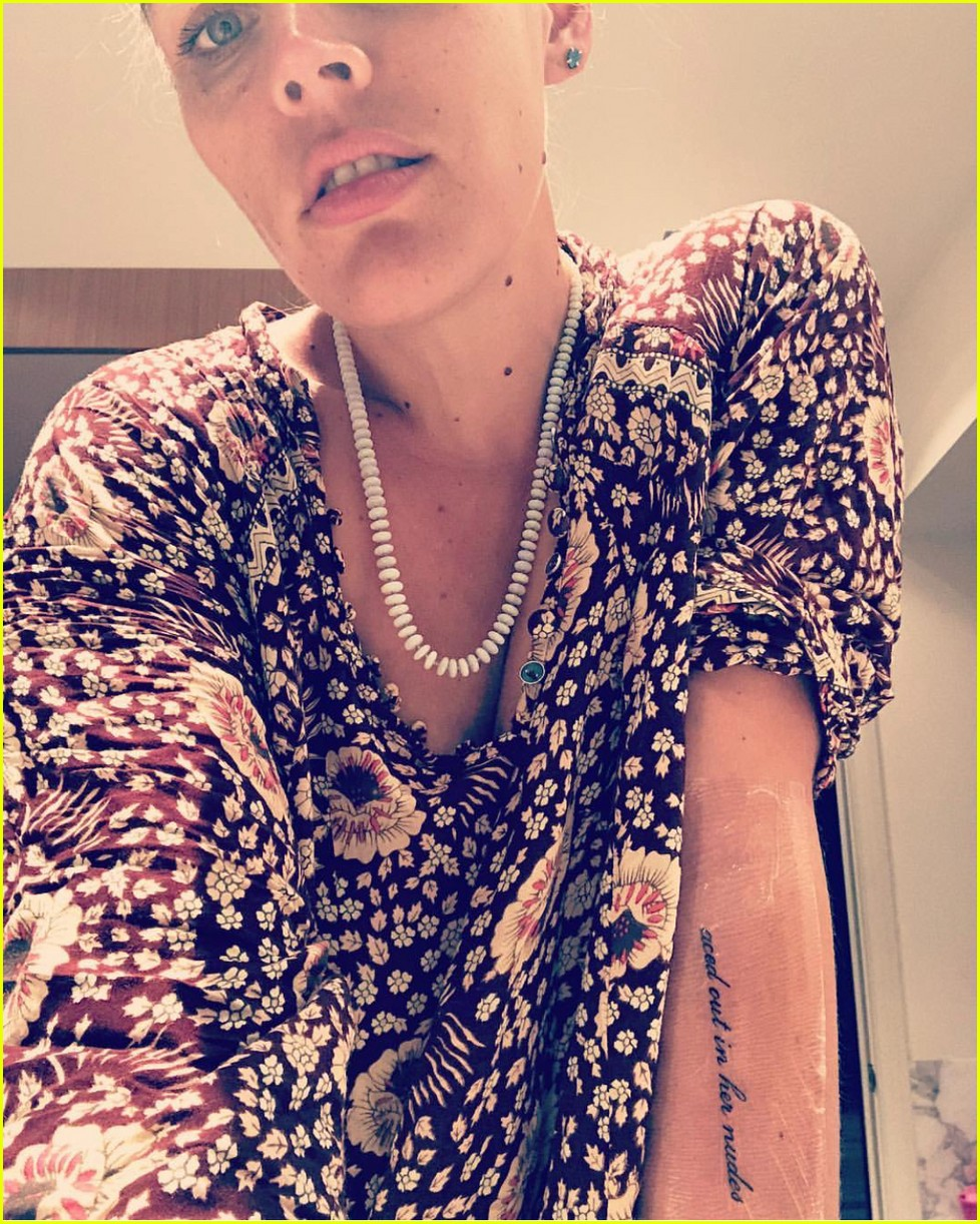 Busy Philipps Gets First Tattoo