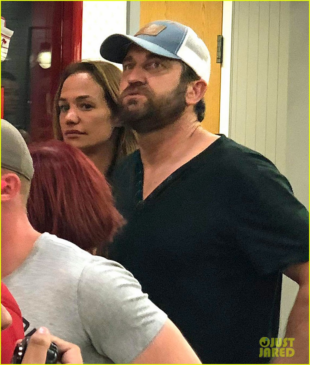 gerard butler morgan brown in n out 044110121