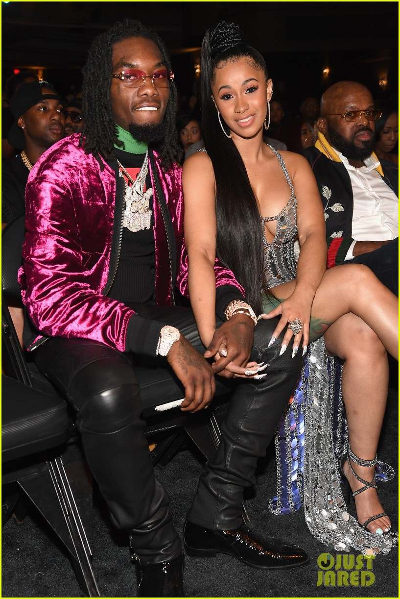 Cardi Gives Birth Baby Girl Offset 03 Welcomes With Find Out Her Name