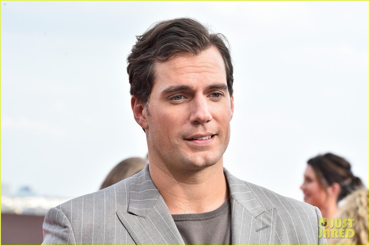 tom cruise henry cavill mission impossible fallout premiere 044113699