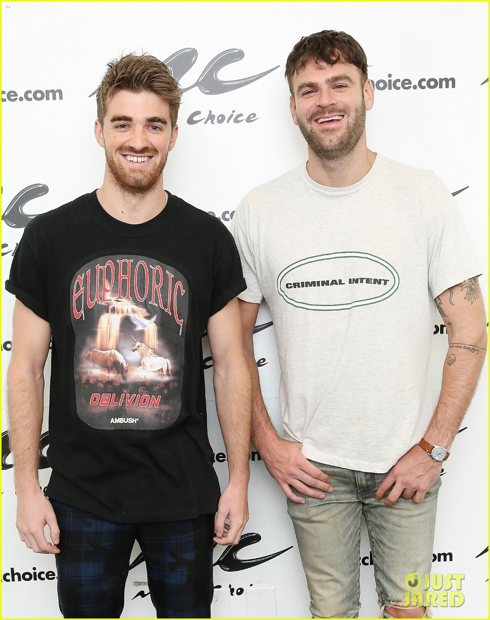 the chainsmokers release summer single side effects feat emily warren 034122637