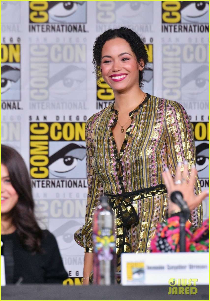 Charmed' Cast Makes Comic-Con Debut, Asks Fans to Give