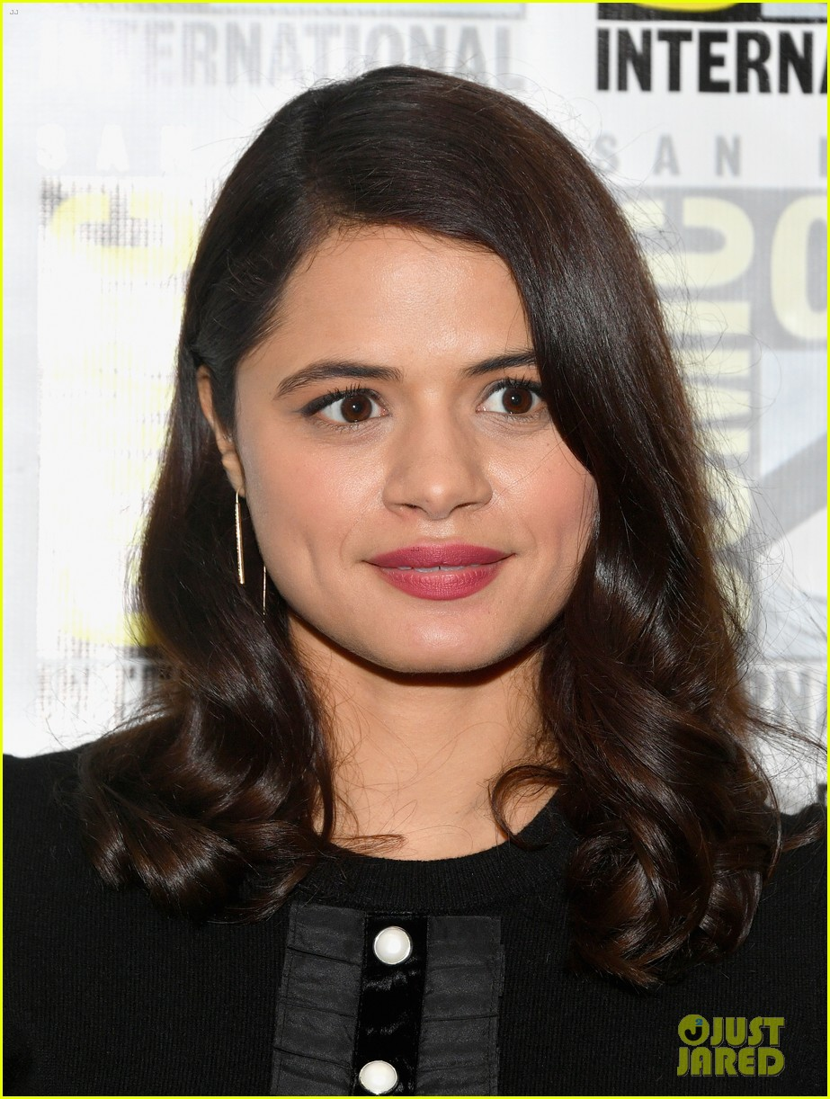 charmed sarah jeffery melonie diaz comic con 204116905