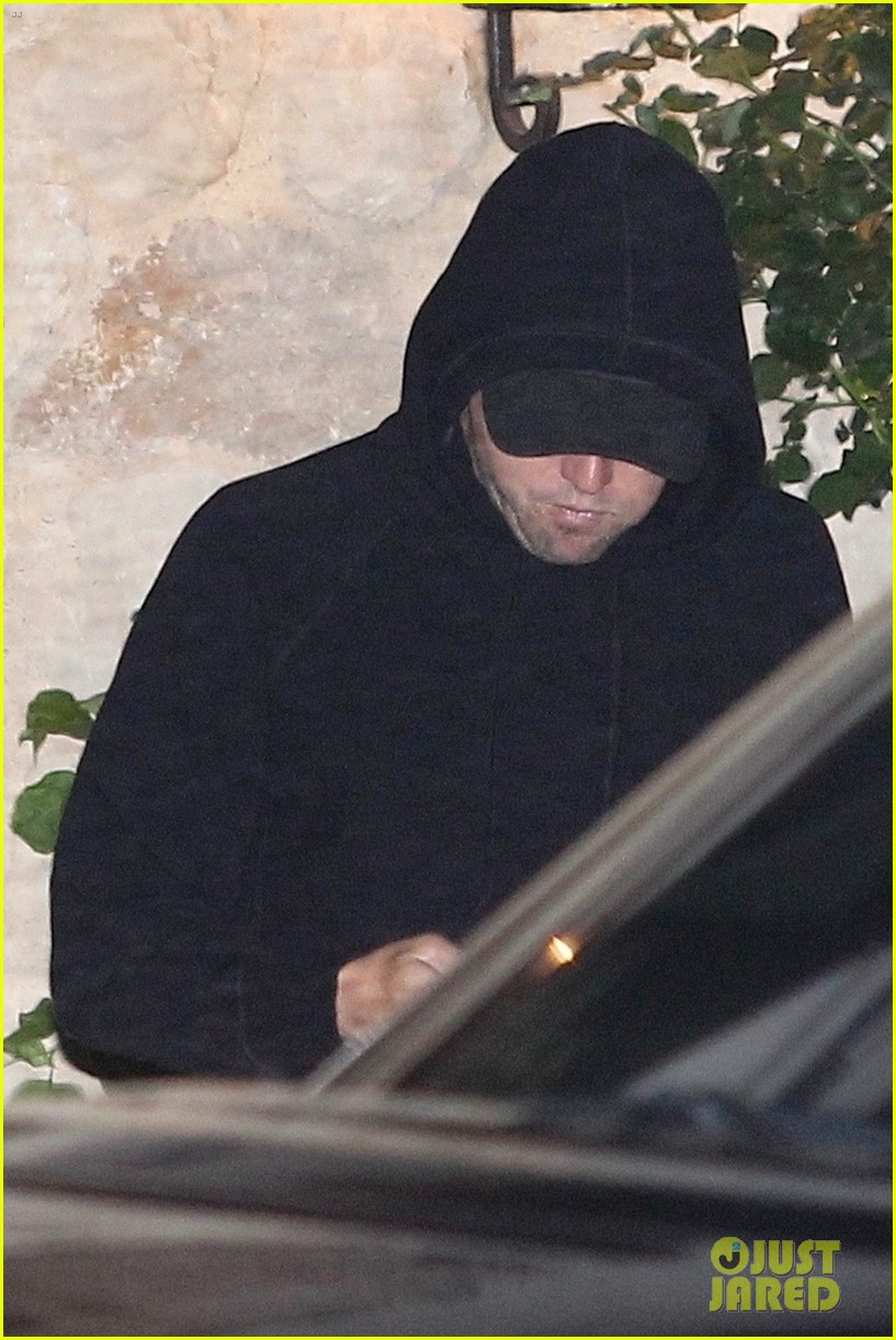 leonardo dicaprio and courteney cox party in malibu during fourth of july week 014110665
