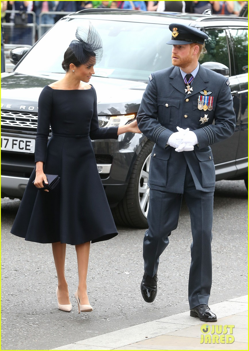 royal family royal airforce birthday 064112253