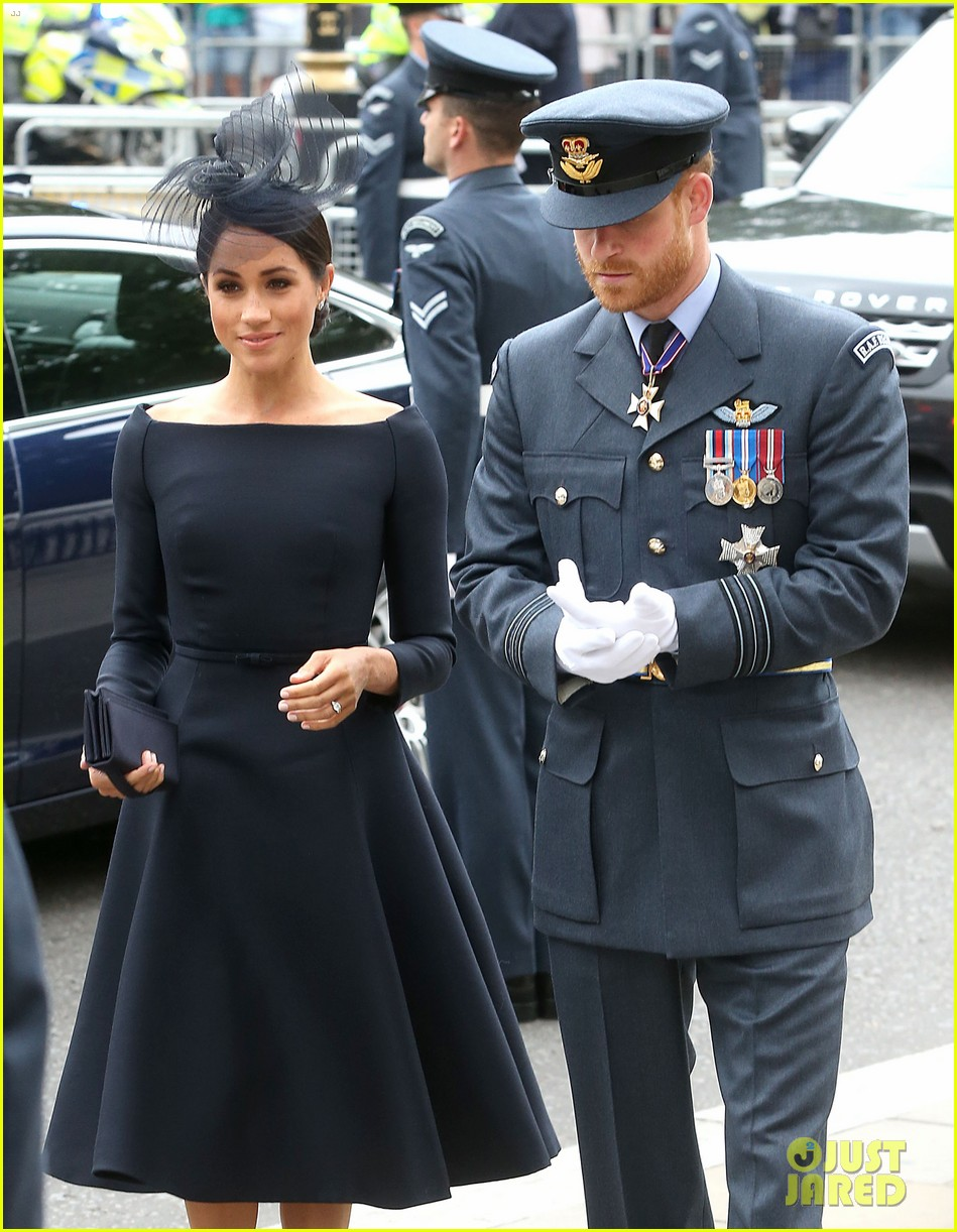 royal family royal airforce birthday 104112257