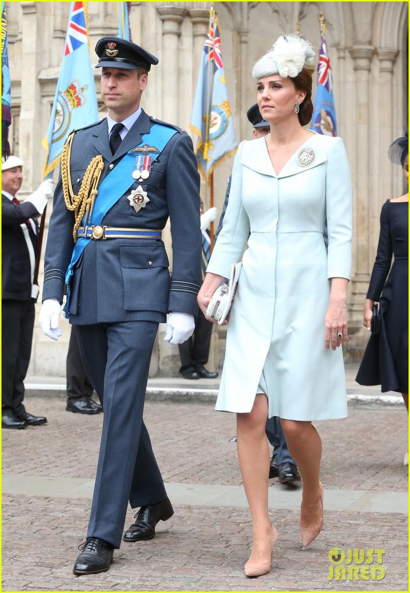 royal family royal airforce birthday 164112263