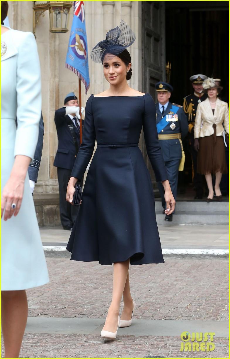 royal family royal airforce birthday 174112264