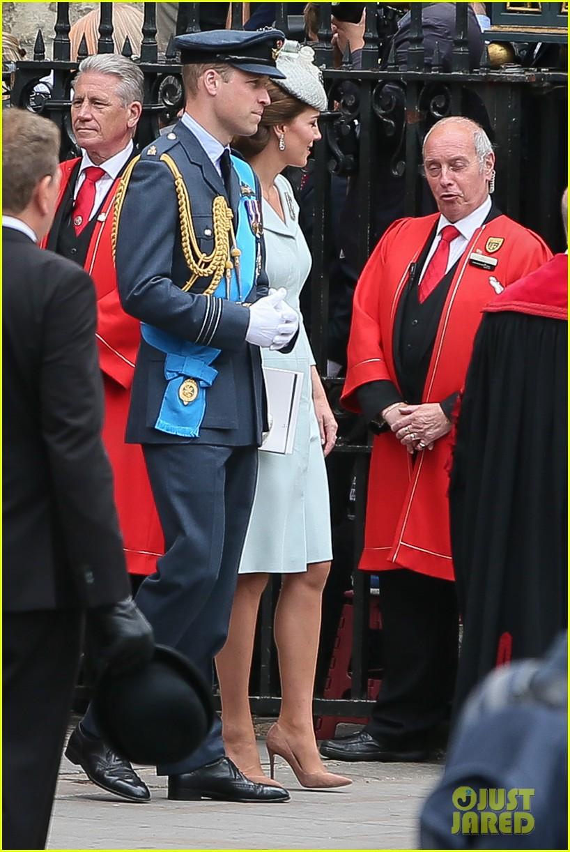royal family royal airforce birthday 284112275