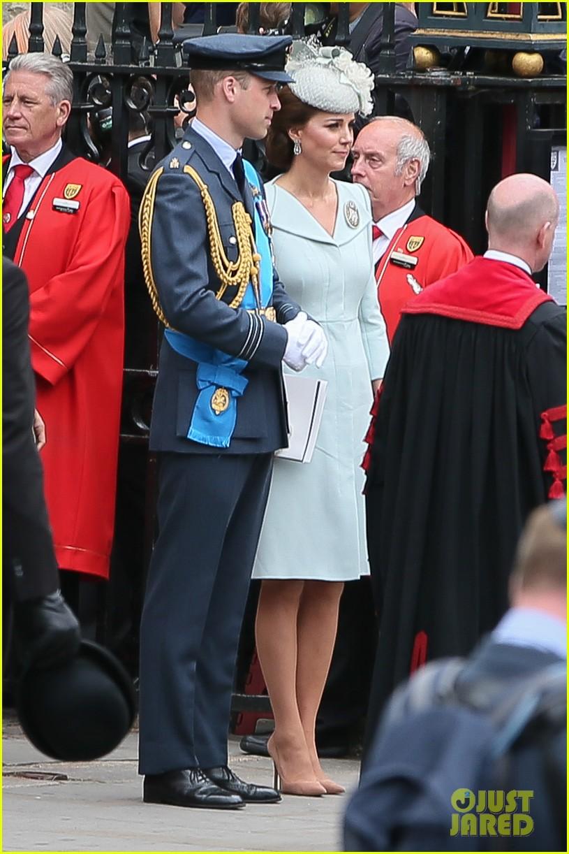 royal family royal airforce birthday 304112277