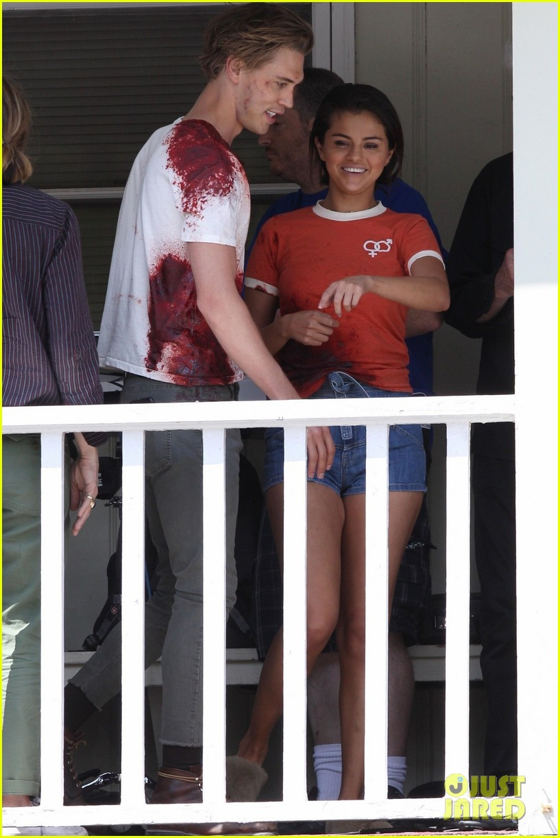 selena gomez austin butler zombie movie 034113835