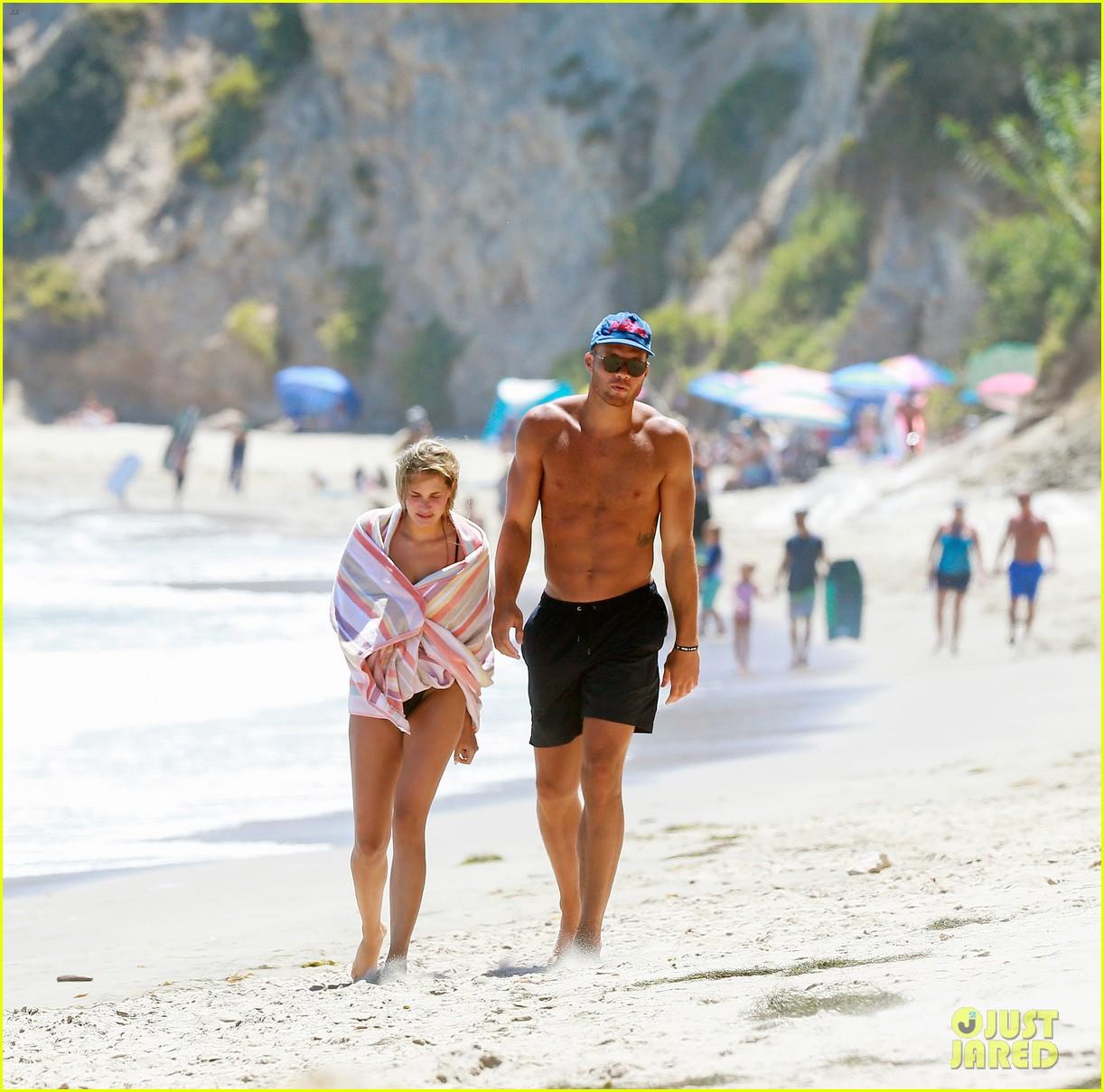 blake griffin girlfriend malibu beach day 044119132