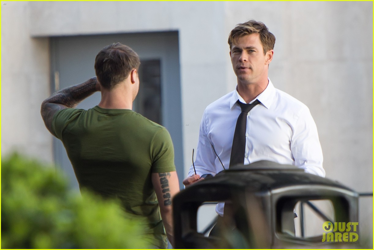 chris hemsworth films men in black 4 044111615