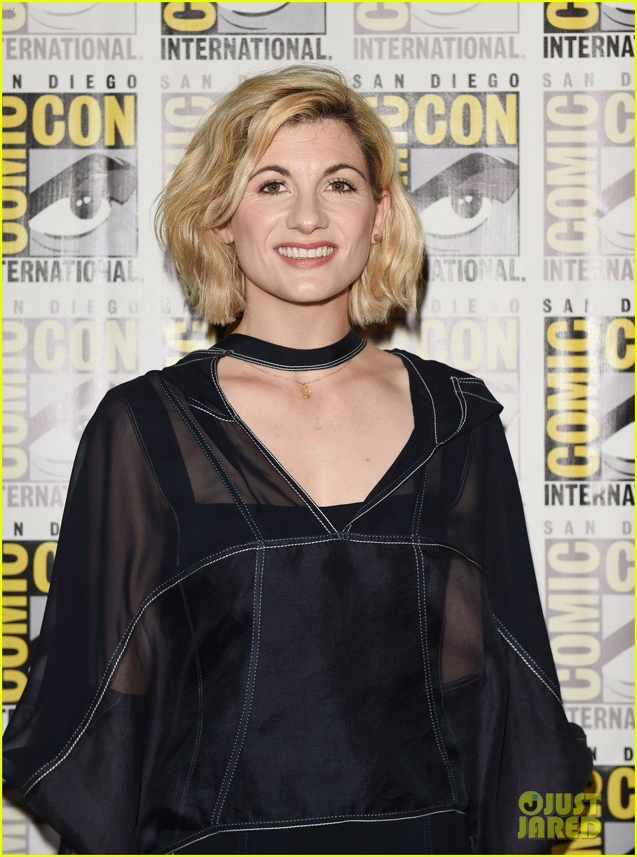 See Jodie Whittaker as \'Doctor Who\' in First Footage at Comic-Con ...