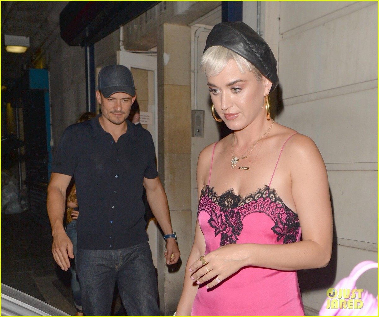 katy perry orlando bloom london date night 024113616