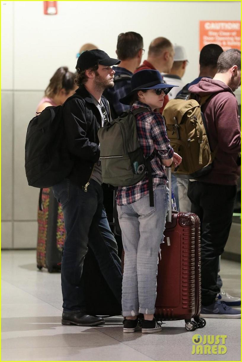 anna kendrick and boyfriend ben richardson touch down in miami 044112213