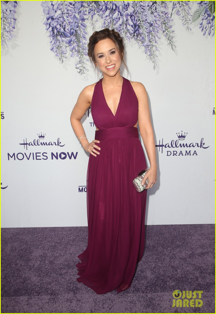 bailee madison becca tobin rachael leigh cook step out for 034121716