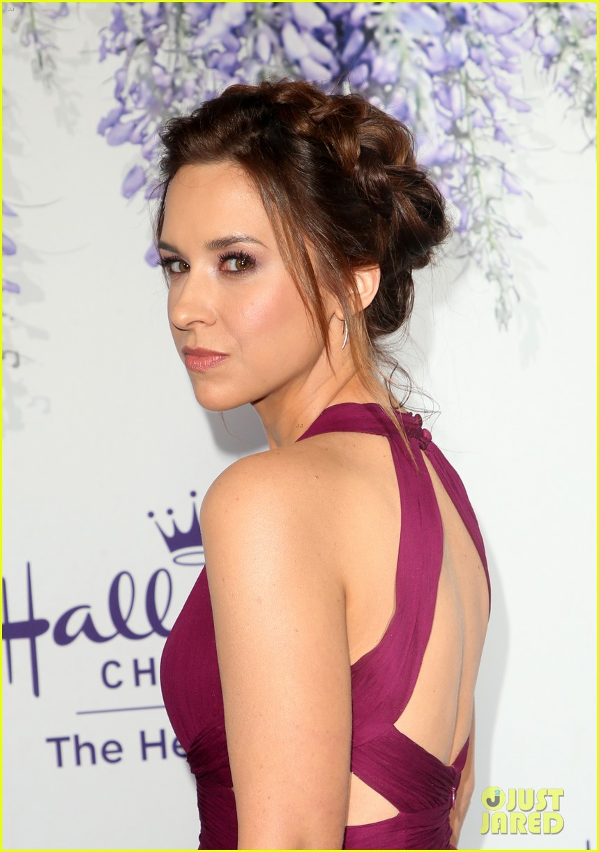 bailee madison becca tobin rachael leigh cook step out for 524121765