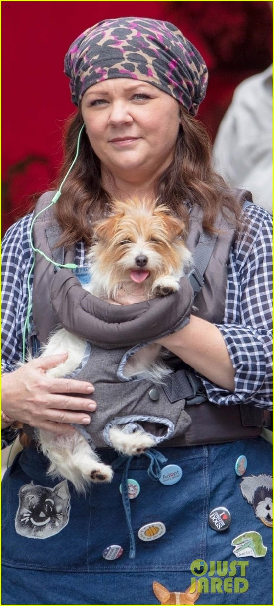 Melissa Mccarthy Films Superintelligence With An Adorable Pup