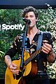 shawn mendes performs for his biggest fans at spotify event in beverly hills 03