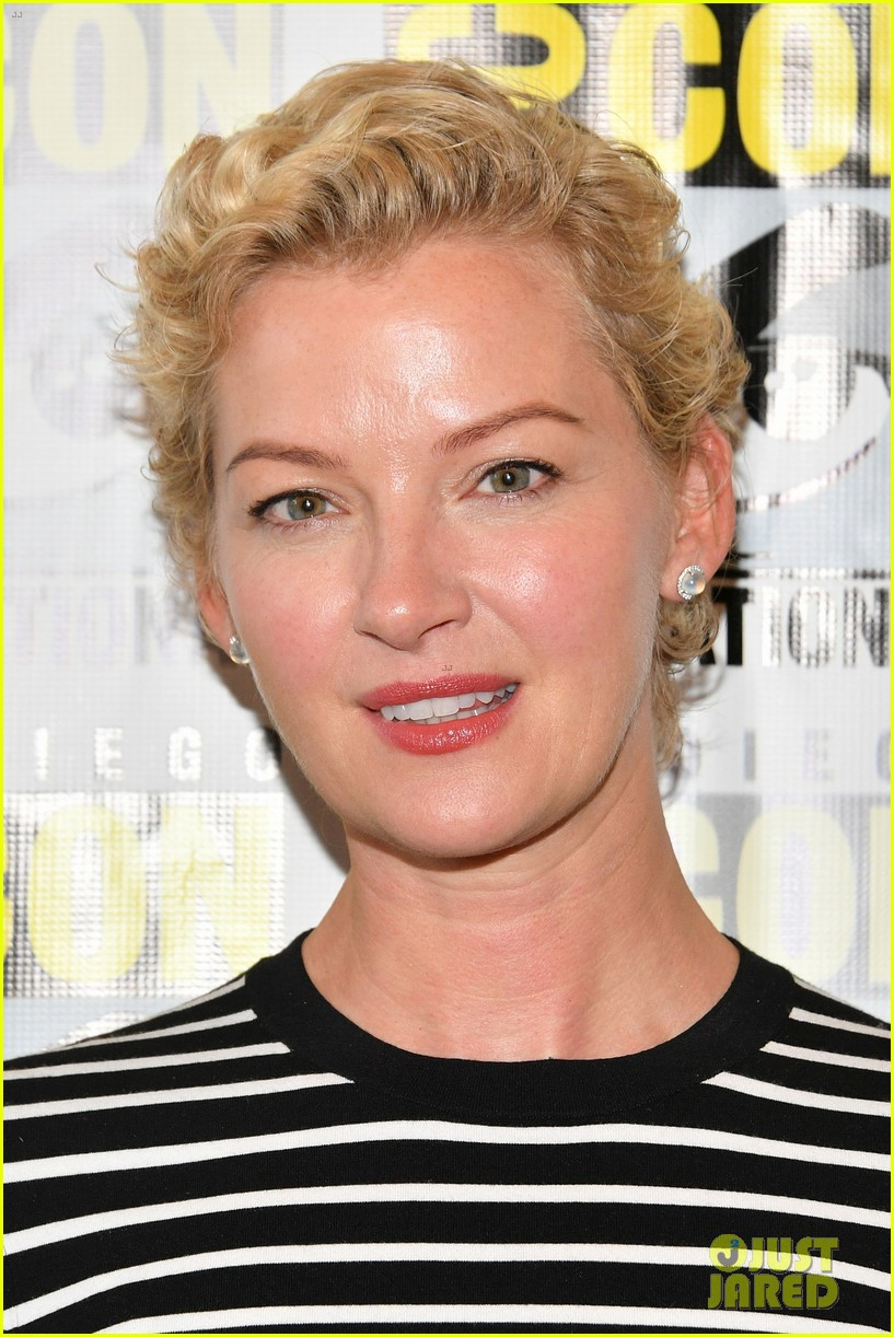 nightflyers gretchen mol eoin macken comic con 064117108