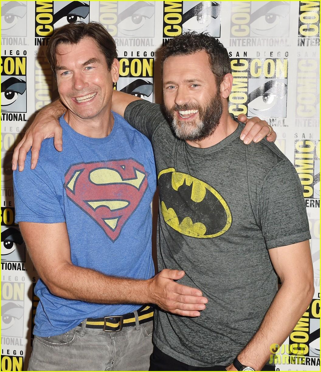 jerry oconnell rebecca romijn comic con death of superman 04