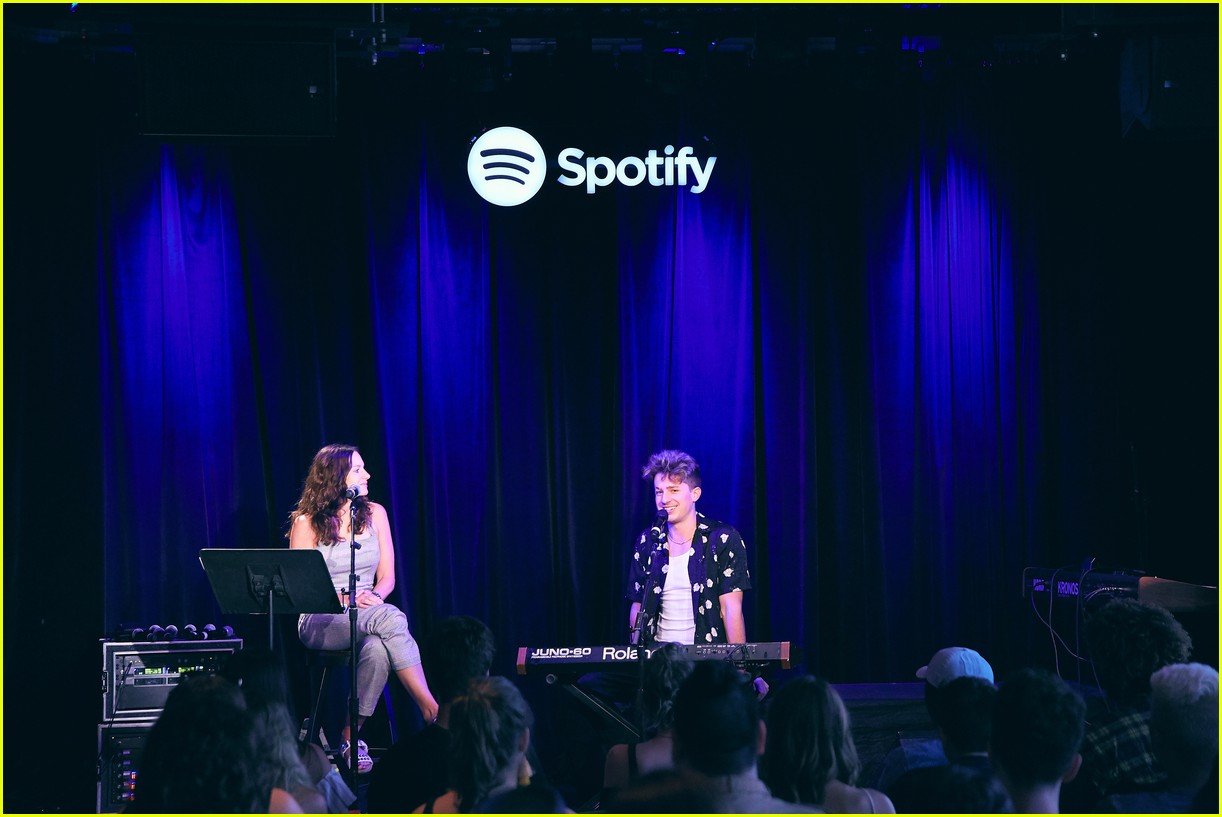 charlie puth returns to his college for spotify voicenotes event 044114140