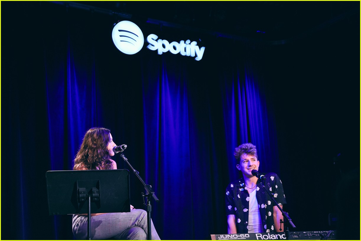 charlie puth returns to his college for spotify voicenotes event 074114143