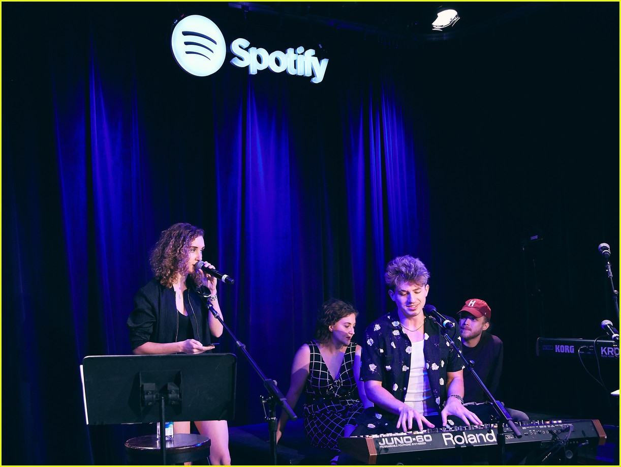 charlie puth returns to his college for spotify voicenotes event 104114146