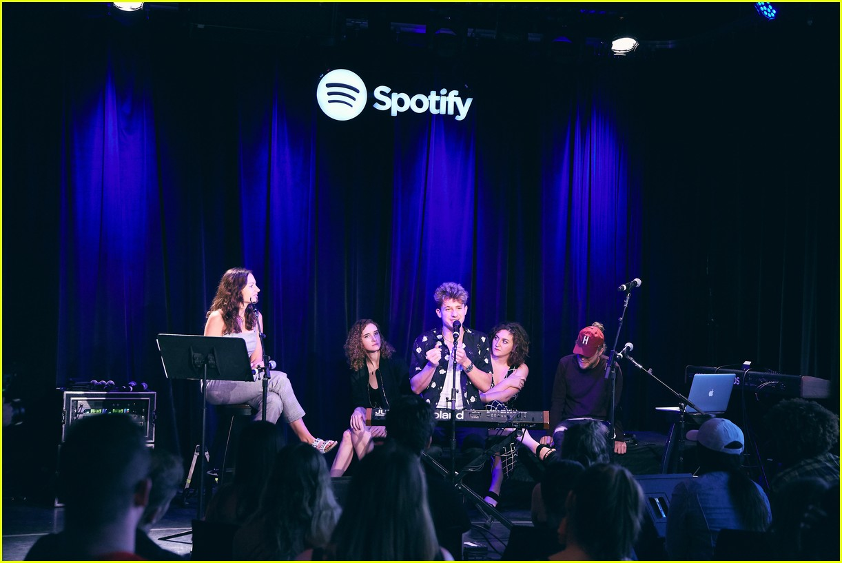 charlie puth returns to his college for spotify voicenotes event 114114147
