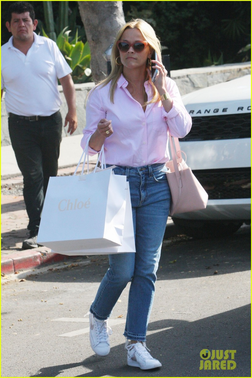 reese witherspoon shop july 2018 044113188