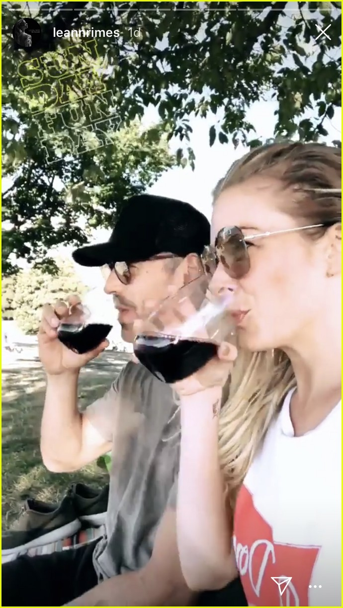leann rimes and eddie cibrian enjoy romantic picnic in vancouver 064112165