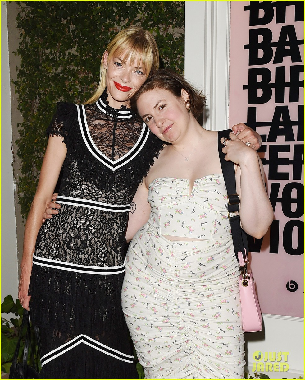 emma roberts january jones jaime king celebrate beats by dre for violet grey launch 014113457