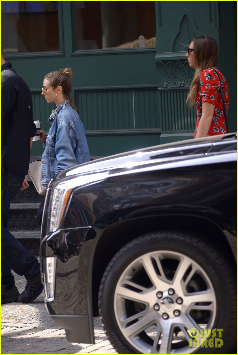 taylor swift and gigi hadid wear animal prints while out in nyc 104114037