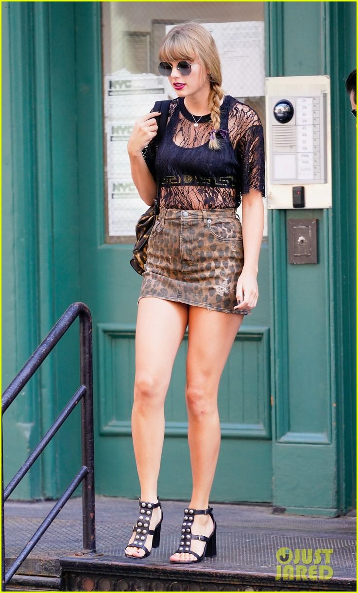 taylor swift leopard miniskirt lace top first reputation stop new jersey 014117604