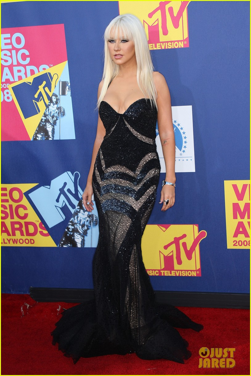 Look Back At The MTV VMAs Red Carpet From 10 Years Ago