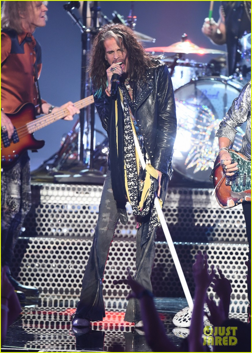 aerosmith post malone 21 savage mtv vmas performance 304132293