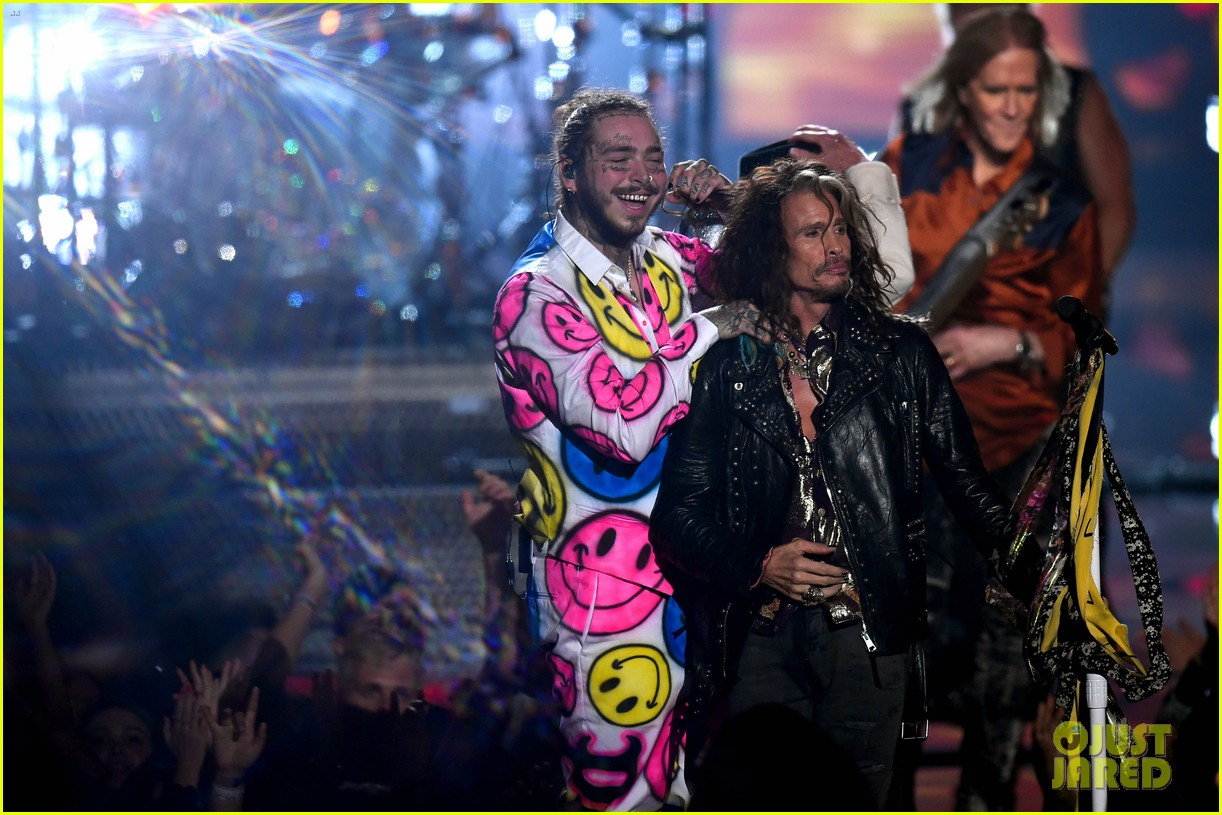 aerosmith post malone 21 savage mtv vmas performance 334132296