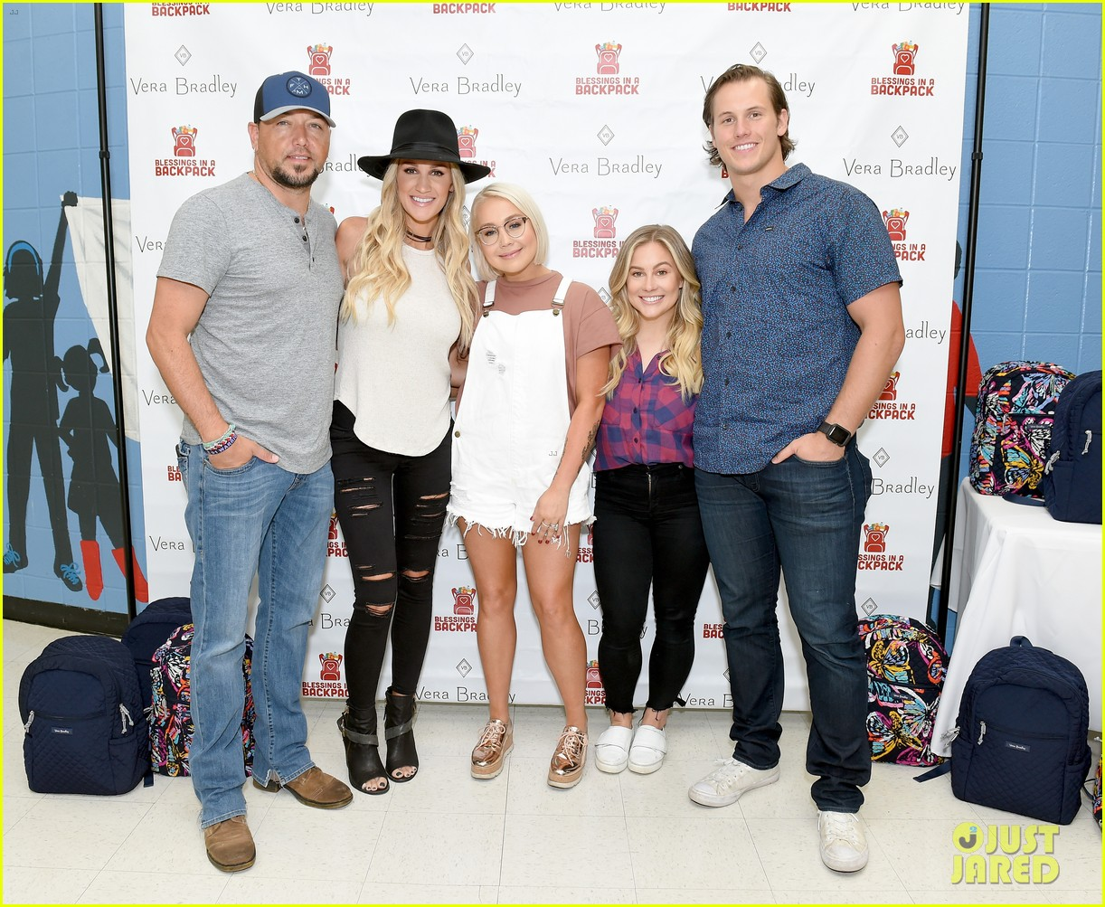 jason aldean and brittany host vera bradley x blessings in a backpack event 024135188