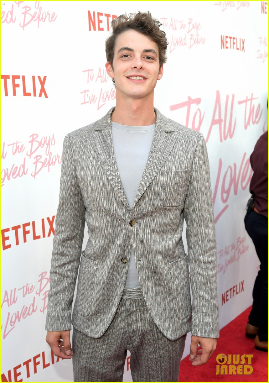 netflixs to all the boys ive loved before cast attends premiere 214130296