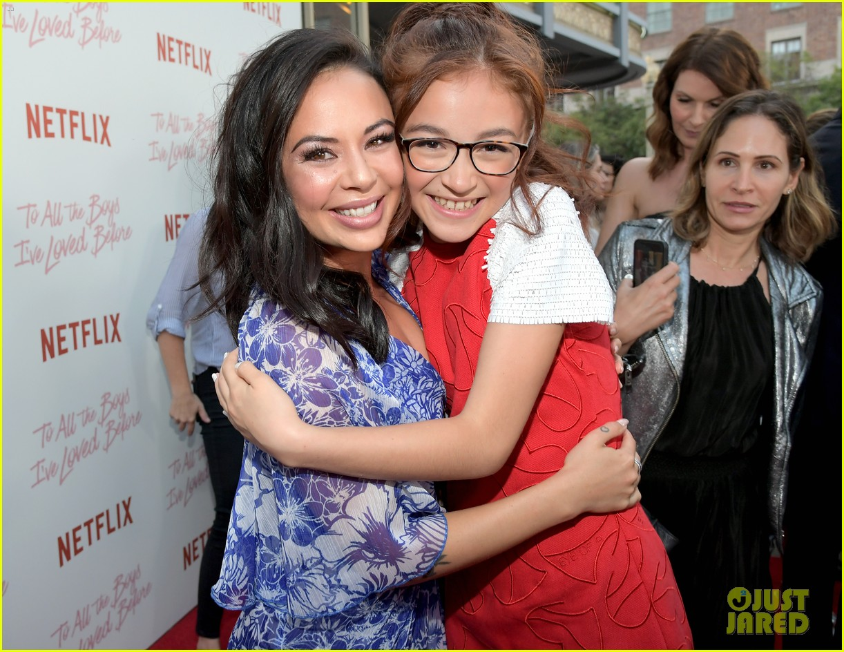 netflixs to all the boys ive loved before cast attends premiere 394130314