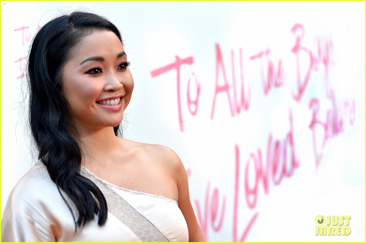 netflixs to all the boys ive loved before cast attends premiere 464130321