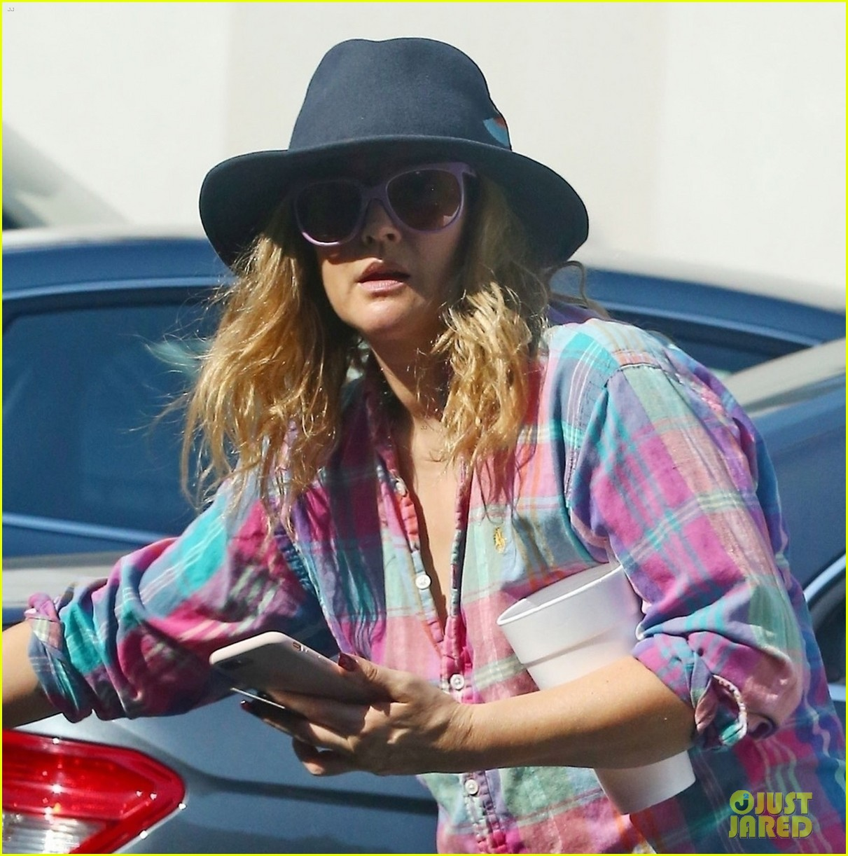 drew barrymore and cameron diaz go grocery shopping at bristol farms 044125348