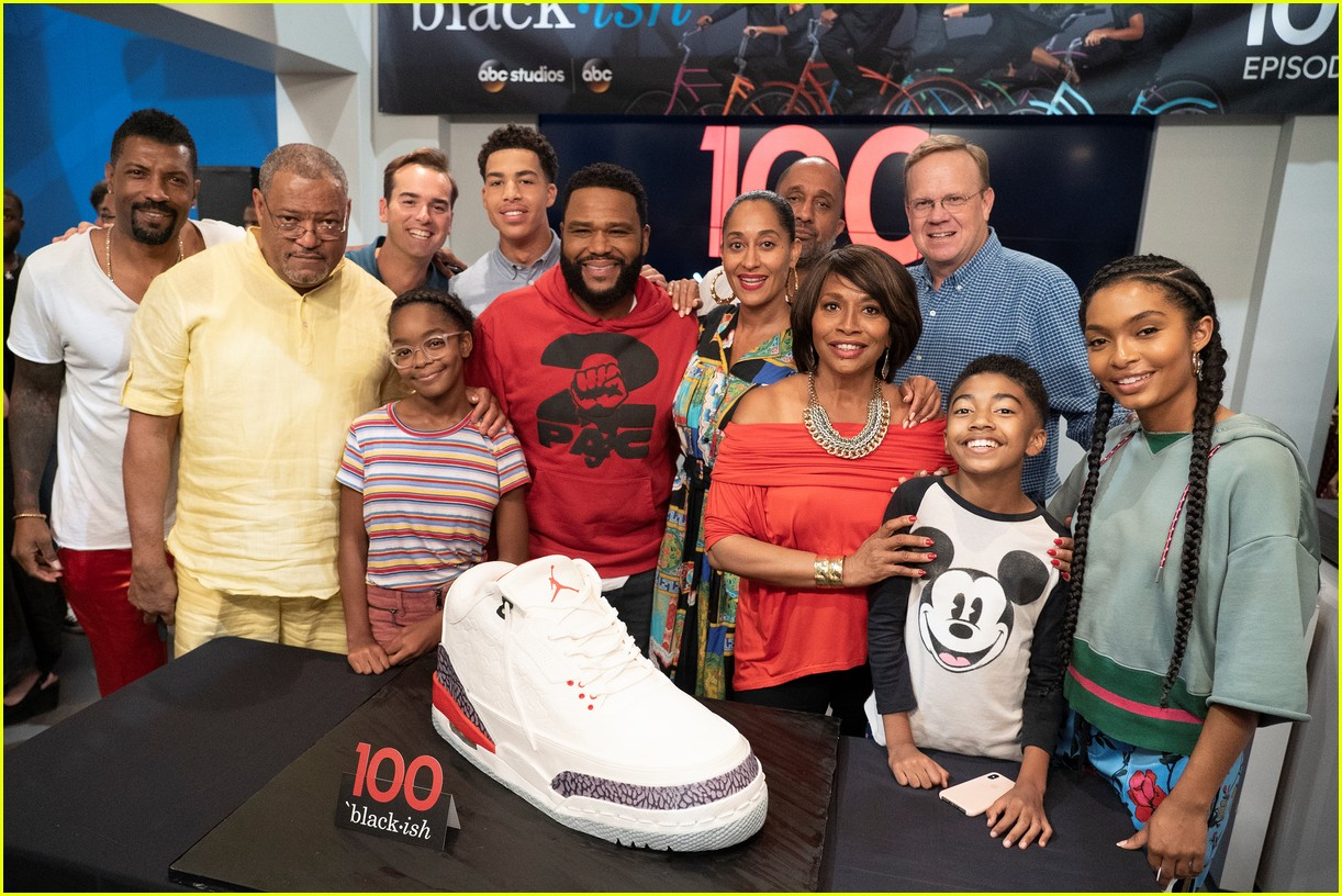 anthony anderson and tracee ellis ross join black ish cast at 100th episode celebration 054133882