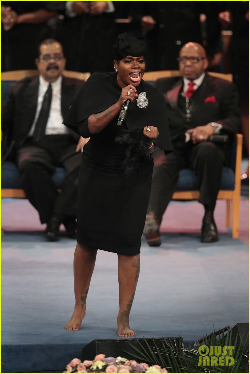 fantasia barrino performs at aretha franklin funeral 01