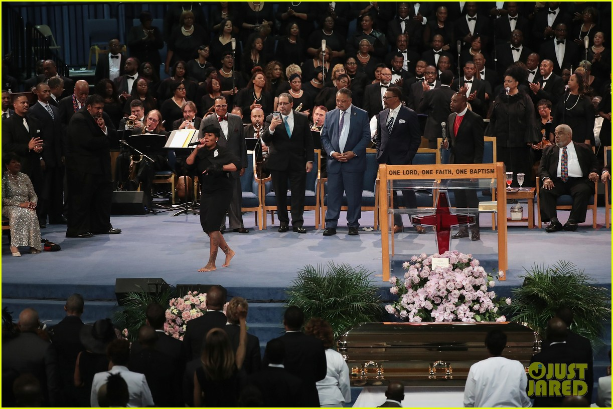 fantasia barrino performs at aretha franklin funeral 02